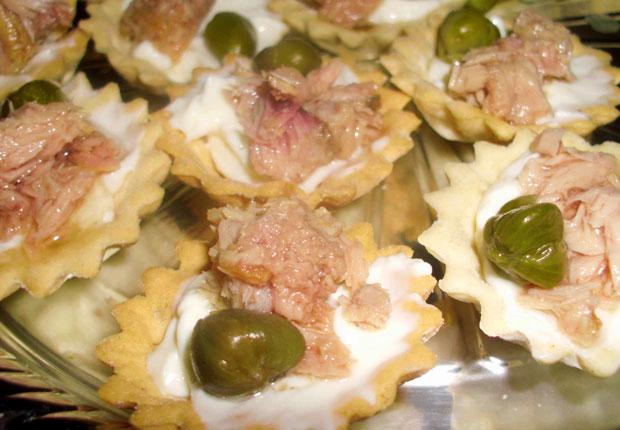 Tartaletas rellenas de Atún y Queso crema